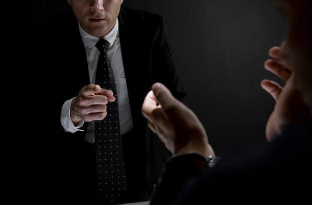 תמונת נושא עבור: טעויות נפוצות שנחקר עלול לעשות בחקירה