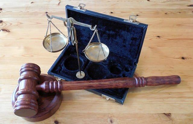 תמונת נושא עבור: פרשנות בית המשפט העליון לגבי חדירה לחומר מחשב ולגבי רישום מאגר מידע והשימוש בו